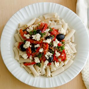 Red Pepper Onion Olive Pasta Recipe