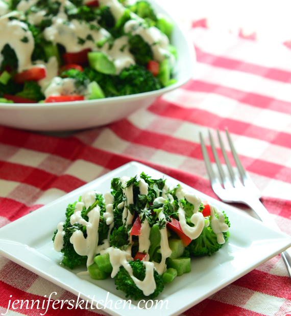 Low-Fat, Mayo-Free Broccoli Salad