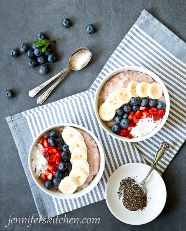 Berry Chia Breakfast Bowl