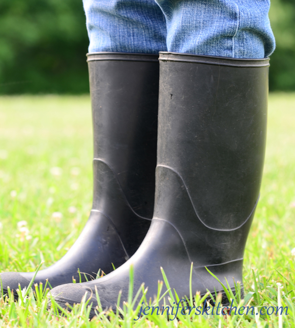 Berry-Picking-Boots-2