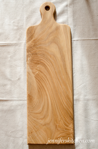 White oak long cutting board with handle jenniferskitchen for White cutting board used for